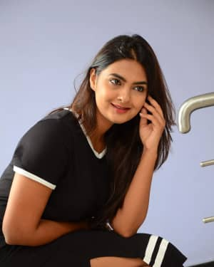 Actress Neha Deshpande at Vaadena Movie First Look and Teaser Launch Photos | Picture 1530619