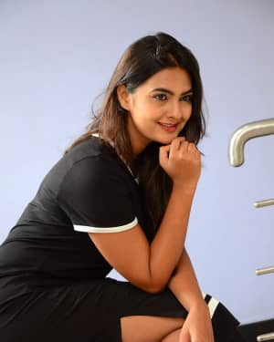 Actress Neha Deshpande at Vaadena Movie First Look and Teaser Launch Photos | Picture 1530622
