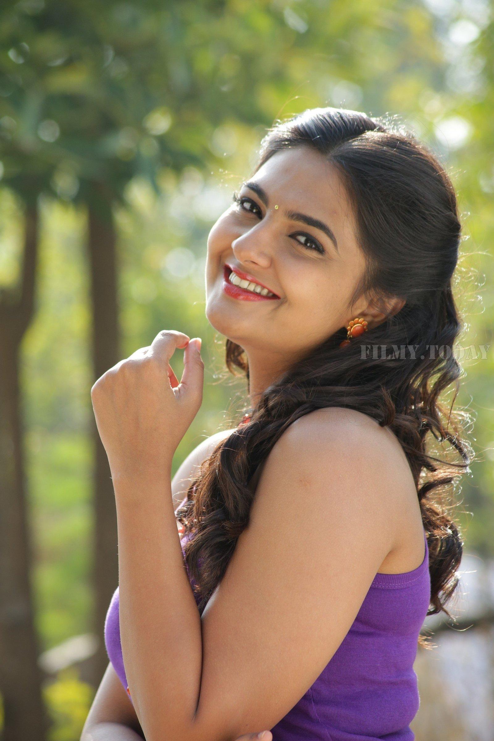 Neha Deshpande - Vaadena Movie Stills | Picture 1530640