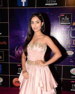 Tridha Choudhury - Zee Telugu Apsara Awards 2018 Red Carpet Stills | Picture 1576616