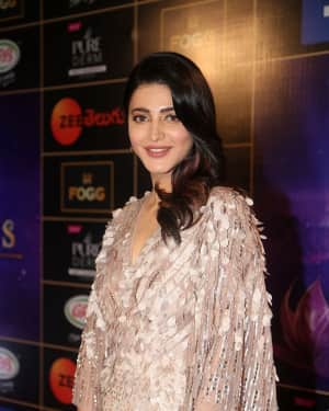 Shruti Haasan - Zee Telugu Apsara Awards 2018 Red Carpet Stills