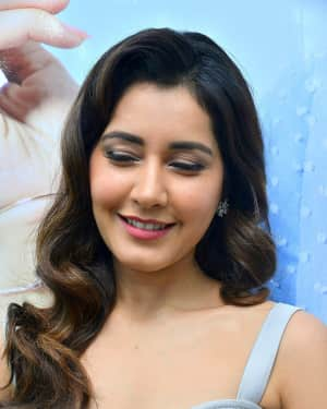 Raashi Khanna Stills at Honor Mobile Launch at Big C