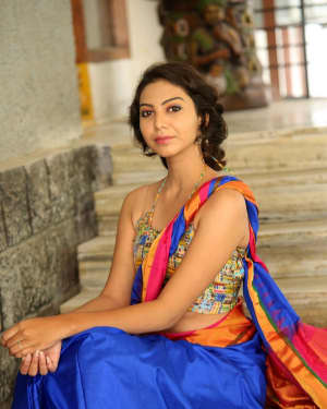 Actress Simran Hot in Saree Photos | 1591957