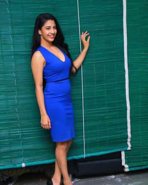 Daksha Nagarkar - Husharu Movie Press Meet Photos