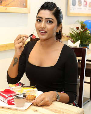 Actress Eesha Rebba at Grand Launch Of Cafe Chef Bakers Photos | 1616086