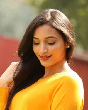 Srinidhi Shetty - KGF Telugu Version Success Meet Photos | 1618445