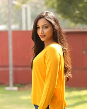 Srinidhi Shetty - KGF Telugu Version Success Meet Photos | 1618439