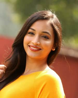 Srinidhi Shetty - KGF Telugu Version Success Meet Photos | 1618447