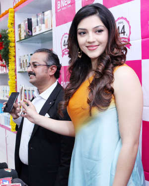 Actress Mehrene Kaur Launches B New Mobile Store at Adoni Photos | Picture 1563631