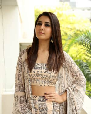 Actress Rashi Khanna Interview About Tholi Prema Photos