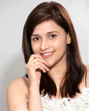 Actress Mannara Chopra Latest Photoshoot