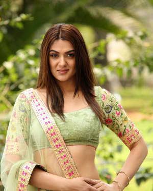 Actress Sakshi Chaudhary Hot Stills at Oollo Pelliki Kukkala Hadavidi Audio Launch