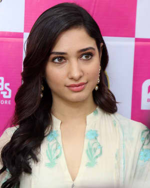 Actress Tamanna Launches B New 50th Mobile Store Photos