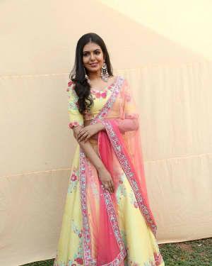 Actress Shivani Rajashekar Stills at 2 States Telugu Movie Opening | Picture 1573559