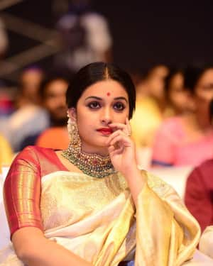 Keerthi Suresh - Mahanathi Audio Launch Function Photos