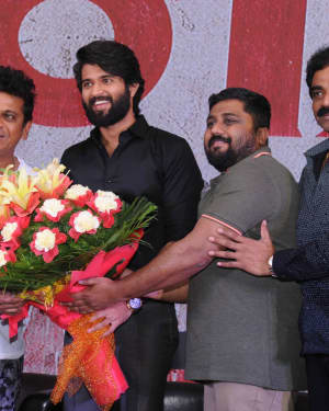 Photos: NOTA Tamil and Telugu Bilingual Film Promotions at Bangalore | Picture 1602859