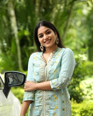 Punarnavi Bhupalam Photos at Enduko Emo Movie Press Meet