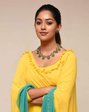 Actress Anu Emmanuel New Photos