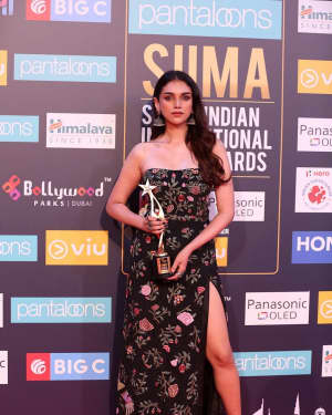Aditi Rao Hydari - Photos: SIIMA Awards 2018 Red Carpet - Day 1