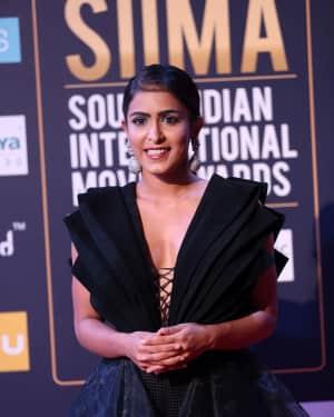 Mannara Chopra - Photos: SIIMA Awards 2018 Red Carpet - Day 2