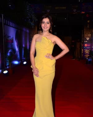 Raashi Khanna - Zee Cine Awards Telugu 2018 Red Carpet Photos | Picture 1620131