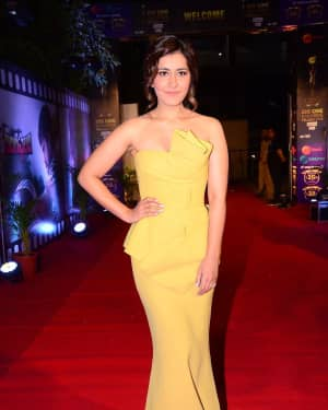Raashi Khanna - Zee Cine Awards Telugu 2018 Red Carpet Photos