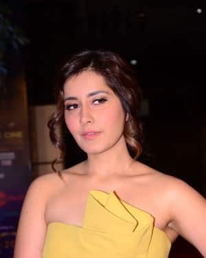 Raashi Khanna - Zee Cine Awards Telugu 2018 Red Carpet Photos | Picture 1620135