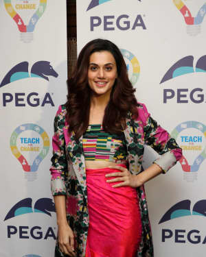 Taapsee Pannu - Teach for Change Launches Nationwide Programme Photos
